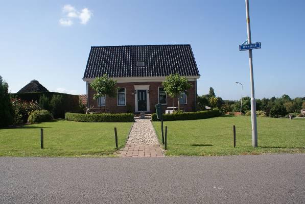 Nederland ~ Gelderland - Woonhuis -  (M2106)