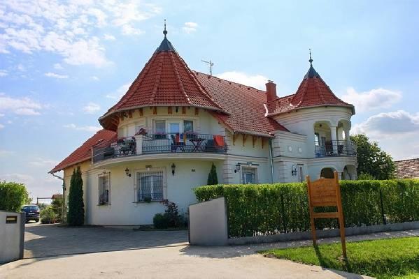 Hongarije ~ Pannonia (West) ~ Balaton - Horeca-object - BalatonHome (20867)
