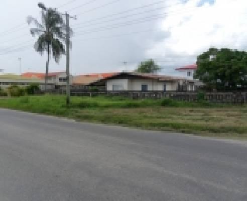 Suriname ~ Paramaribo - Bedrijfspand