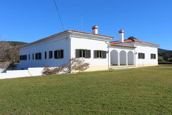 Portugal ~ Portalegre - Villa