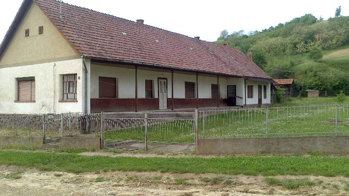Hongarije ~ Pannonia (West) ~ Tolna (Szeksz�rd) - (Woon)boerderij - Thuis-in-hongarije-makelaardij.nl (24318)