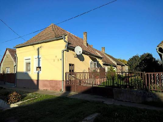 Hongarije ~ Pannonia (West) ~ Baranya (P�cs) - (Woon)boerderij - Thuis-in-hongarije-makelaardij.nl (24318)