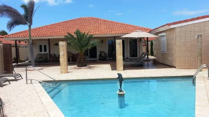 Antillen ~ Aruba - Villa -  (P27795)