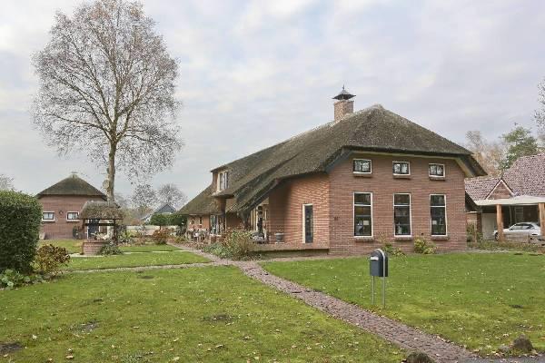 10 x huizen geschikt voor paarden te koop in nederland for Boerderij te koop zeeland