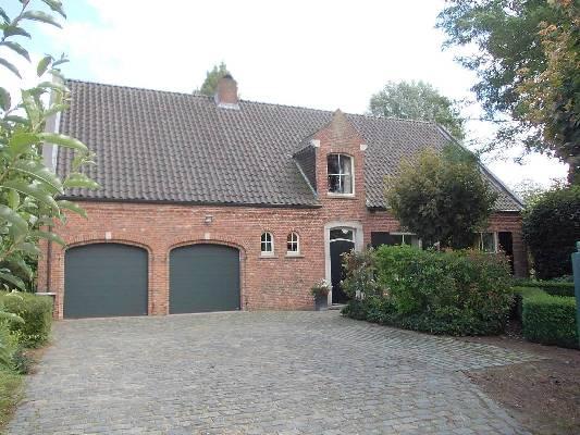 België ~ Vlaanderen ~ Antwerpen - Landhuis