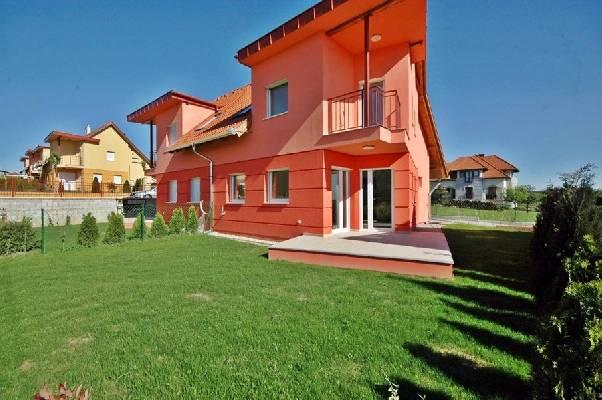 Hongarije ~ Pannonia (West) ~ Zala (Zalaegerszeg) - 2-onder-1-kap -  (M24318)