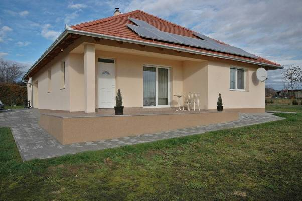 Hongarije ~ Pannonia (West) ~ Zala (Zalaegerszeg) - Villa -  (M24318)
