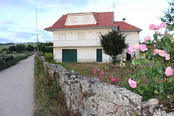 Portugal ~ Guarda ~ Pinhel - Woonhuis
