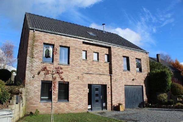 410 x huizen in prov luxemburg ardennen belgi te koop for Vijver te koop ardennen