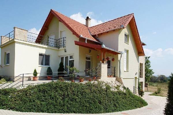 Villa te koop in Hongarije - Pannonia (West) - Zala (Zalaegerszeg) - Alsópáhok - € 166.665