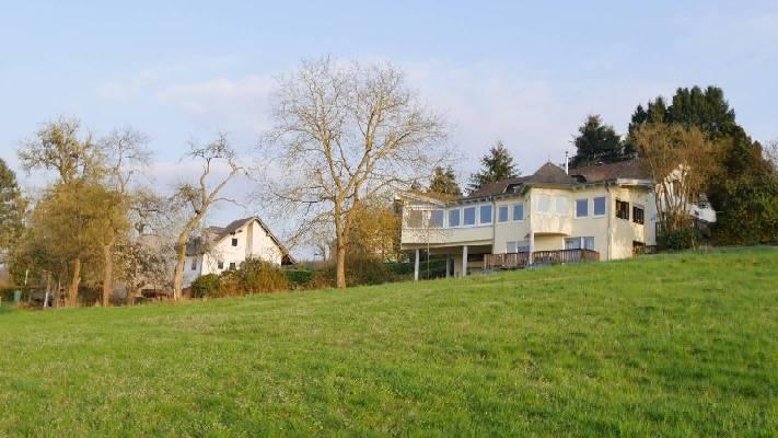 Duitsland ~ Rheinland-Pfalz ~ Eifel - Meergezinswoning