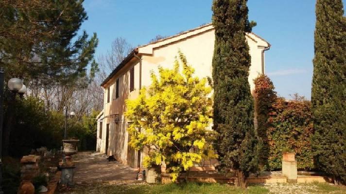 Italië ~ Marken / Marche - Landhuis