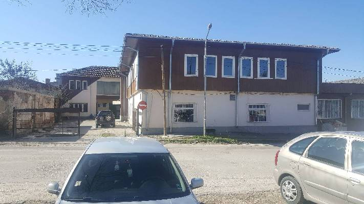 Bulgarije ~ NoordOost - Bedrijfspand