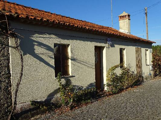 Portugal ~ Castelo Branco - (Woon)boerderij