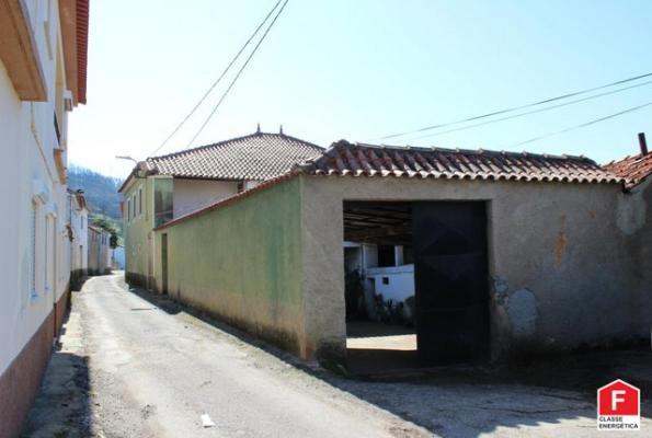 Portugal ~ Centro ~ Coimbra ~ Vila Nova de Poiares - Woonhuis