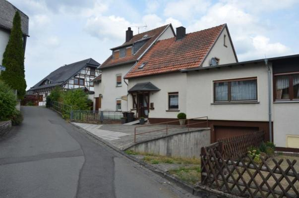 Duitsland-Nordrhein-Westfalen-Eifel-Blankenheim-Ahrdorf