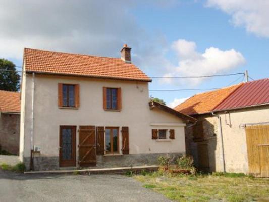 Maison en pierre te koop in Frankrijk - Auvergne - Allier - Montagne Bourbonnaise - € 58.300