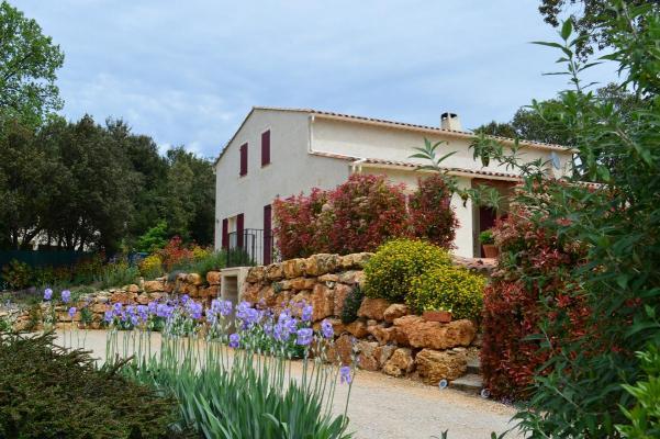 Frankrijk ~ Provence-Alpes-Côte d'Azur ~ 04 - Alpes-de-Haute-Provence - Resort