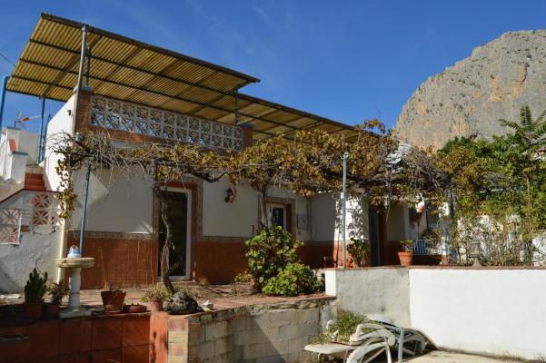 Spanje ~ Andalusi� ~ M�laga - Meergezinswoning