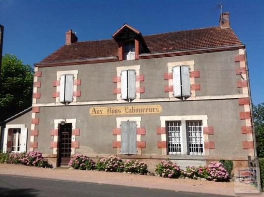Maison en pierre te koop in Frankrijk - Auvergne - Allier - Chavroches - € 135.000