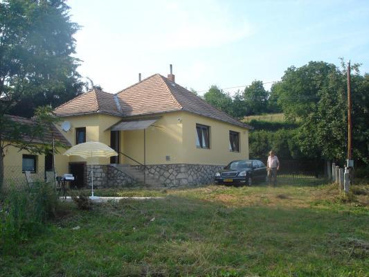 Hongarije ~ Pannonia (West) ~ Baranya (P�cs) - Bungalow