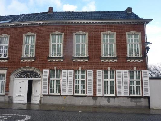 België ~ Vlaanderen ~ Oost-Vlaanderen - Herenhuis