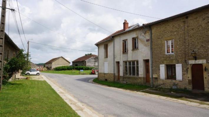 Frankrijk ~ Champagne-Ardenne ~ 08 - Ardennes - Hoekwoning