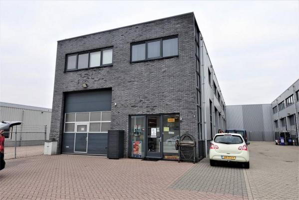Nederland ~ Zuid-Holland - Bedrijfspand