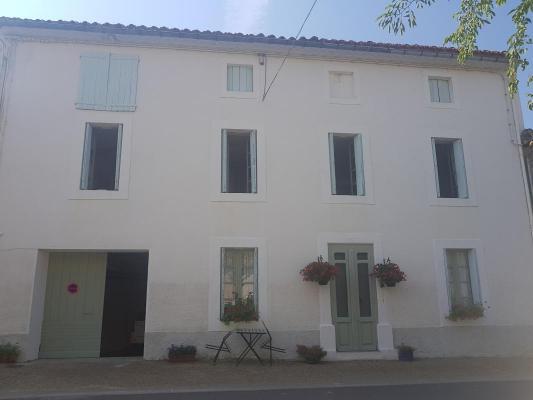 Frankrijk ~ Languedoc-Roussillon ~ 34 - Hérault - Woonhuis