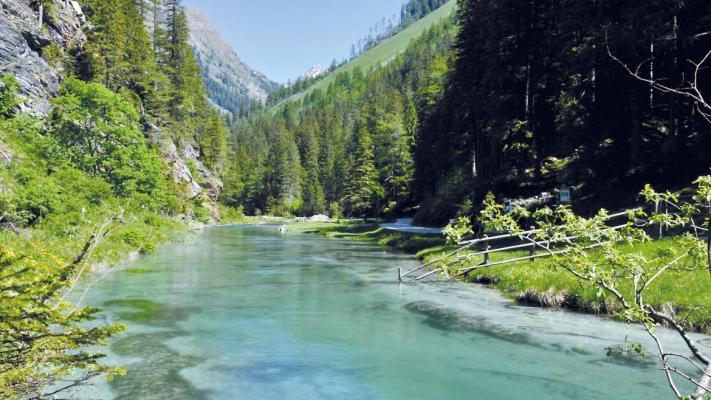 Oostenrijk ~ Salzburgerland - Bedrijfspand