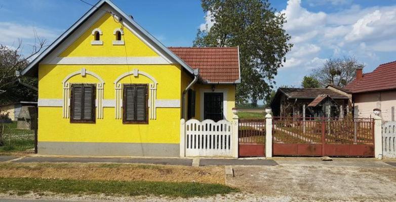 Hongarije ~ Pannonia (West) ~ Zala (Zalaegerszeg) - (Woon)boerderij