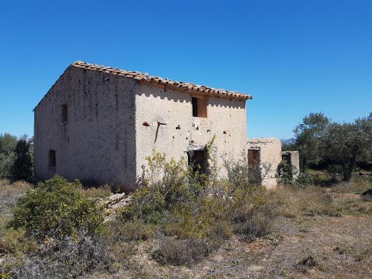 Spanje ~ Catalonië ~ Tarragona ~ Binnenland - (Woon)boerderij
