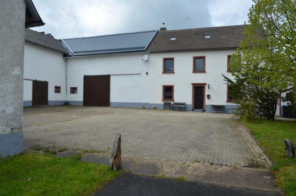 Duitsland ~ Rheinland-Pfalz ~ Eifel - (Woon)boerderij