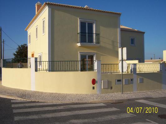 Portugal ~ Costa de Lisboa ~ Lissabon ~ Torres Vedras - Halfvrijstaand