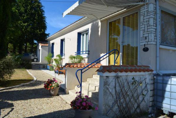Frankrijk ~ Poitou-Charentes ~ 16 - Charente - Villa