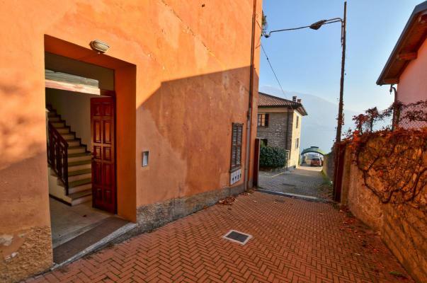 Italië ~ Comomeer - Geschakelde woning