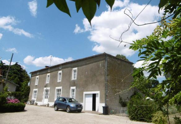 Frankrijk ~ Pays de la Loire ~ 85 - Vend�e - Maison en pierre