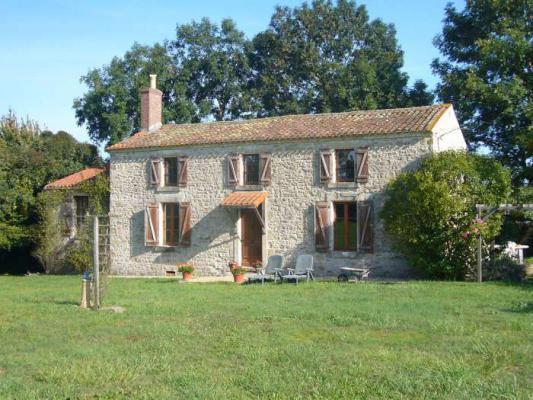Frankrijk ~ Pays de la Loire ~ 85 - Vendée - Maison en pierre