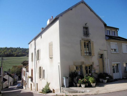 Frankrijk ~ Bourgogne ~ 21 - C�te d`Or - Hoekwoning