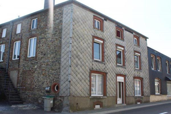 België ~ Wallonië ~ Prov. Luxemburg / Ardennen - Maisonnette