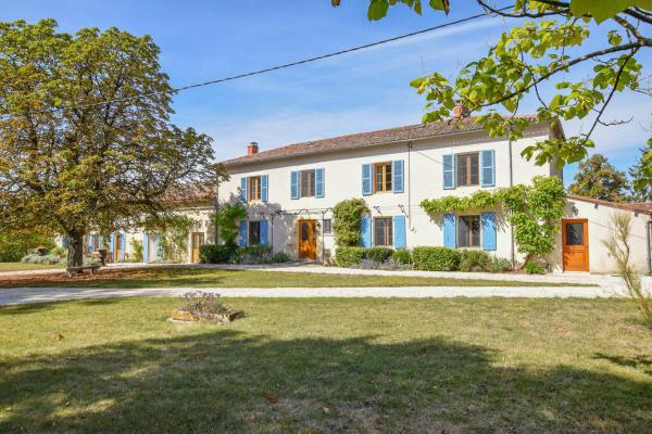 Frankrijk ~ Poitou-Charentes ~ 79 - Deux-Sèvres - Landhuis