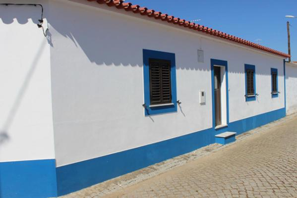 Portugal ~ Beja ~ Cuba - Tussenwoning
