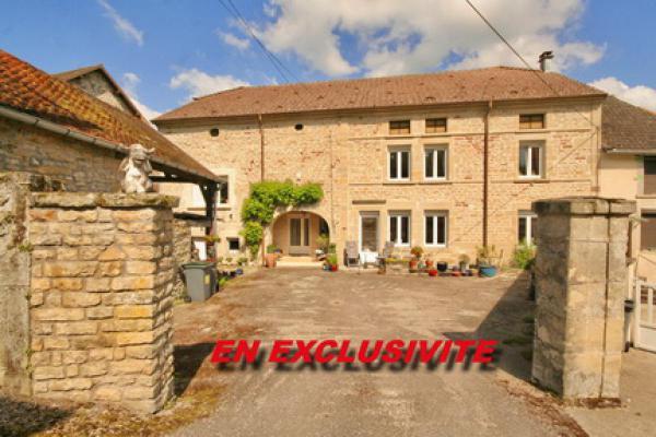 Maison de Caractère te koop in Frankrijk - Franche-Comté - Haute-Saône - Demangevelle - € 275.000