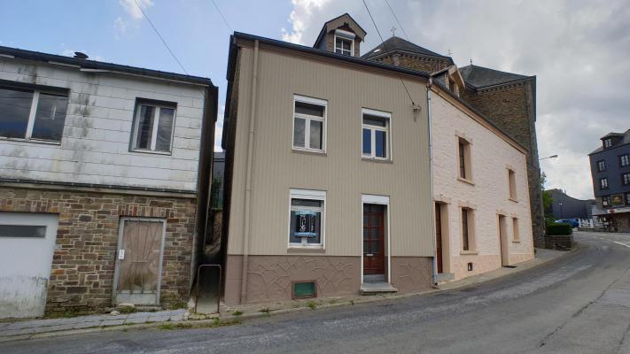 België ~ Wallonië ~ Prov. Luxemburg / Ardennen - Geschakelde woning