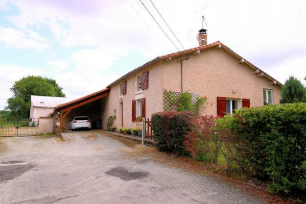 Frankrijk ~ Poitou-Charentes ~ 79 - Deux-S�vres - Chalet