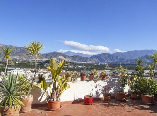 Spanje ~ Andalusië ~ Granada ~ Costa Tropical ~ Kust - Stadswoning