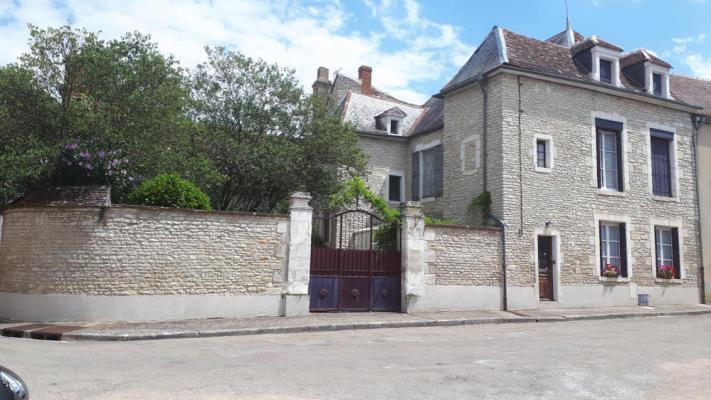 Frankrijk ~ Bourgogne ~ 89 - Yonne - Woonhuis