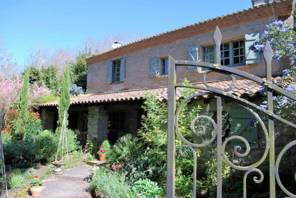 Maison de Caractère te koop in Frankrijk - Languedoc-Roussillon - Aude - Alzonne - € 560.000