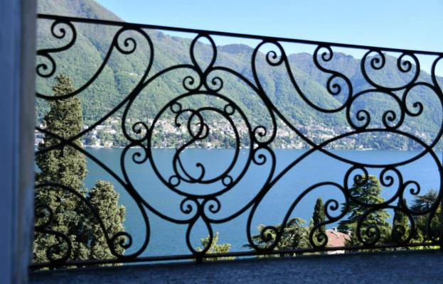 Italië ~ Comomeer - Villa