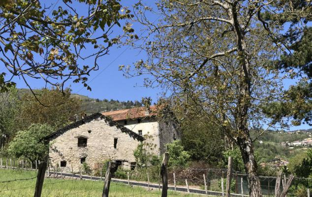Renovatie-object te koop in Italië - Comomeer - Chignano - € 65.000